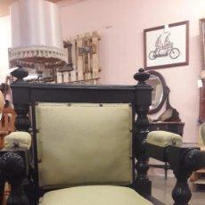Antigüedades: SILLON TRONO GOTICO MODERNISTA. Lote 237760780