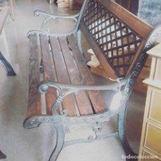 Antigüedades: BANCO DE JARDIN O PARQUE HIERRO FUNDIDO. Lote 237767080