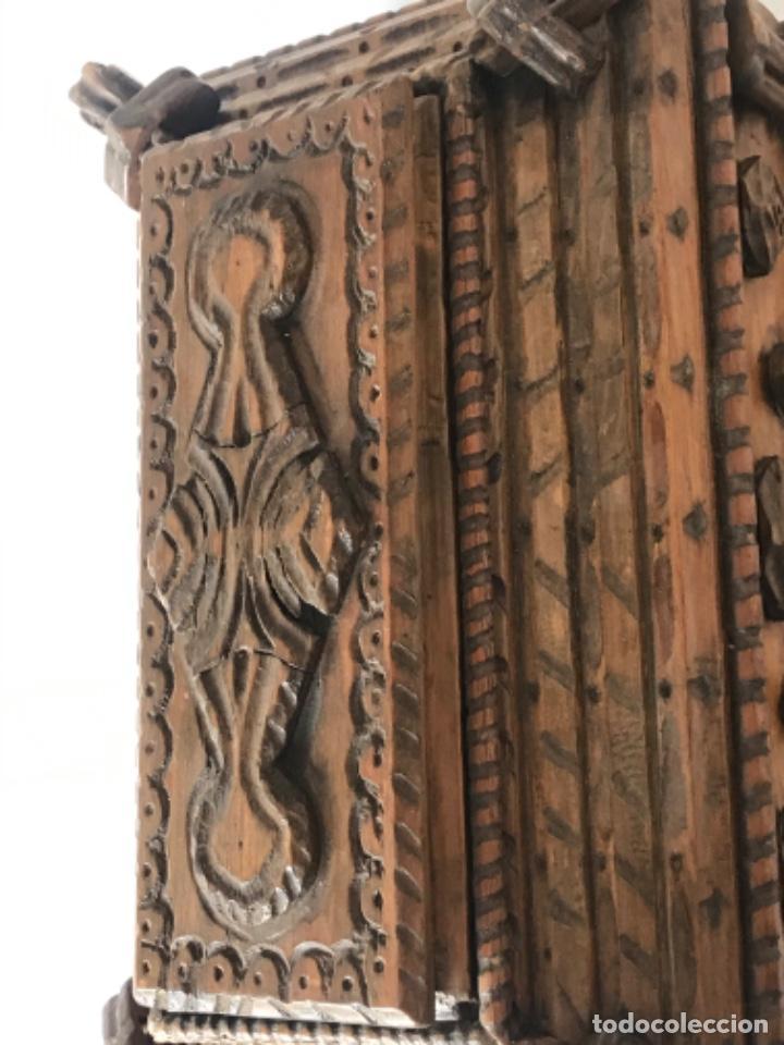 Antigüedades: ELEGANTE CAJA TALLADA DE SOBREMESA COSTURERO O JOYERO. FINALES S.XIX. RESTAURADA. - Foto 7 - 254318760