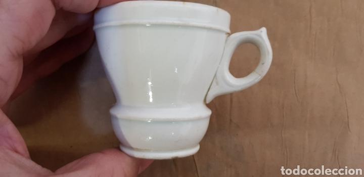 Antigüedades: Juego de 6 jícaras o tazas para chocolate, con la base muy gruesa. Sin marcas - Foto 2 - 237834845