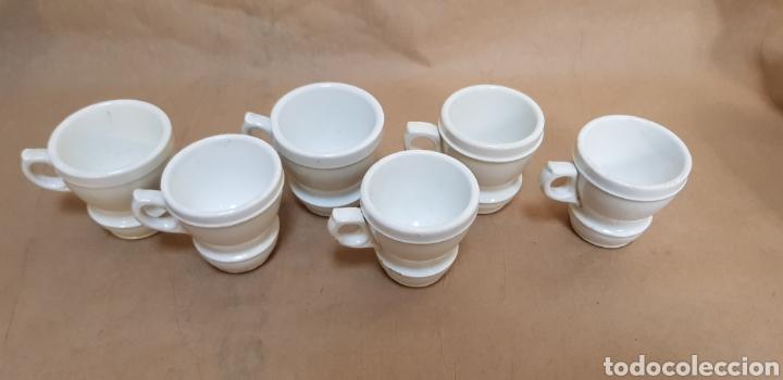 Antigüedades: Juego de 6 jícaras o tazas para chocolate, con la base muy gruesa. Sin marcas - Foto 6 - 237834845