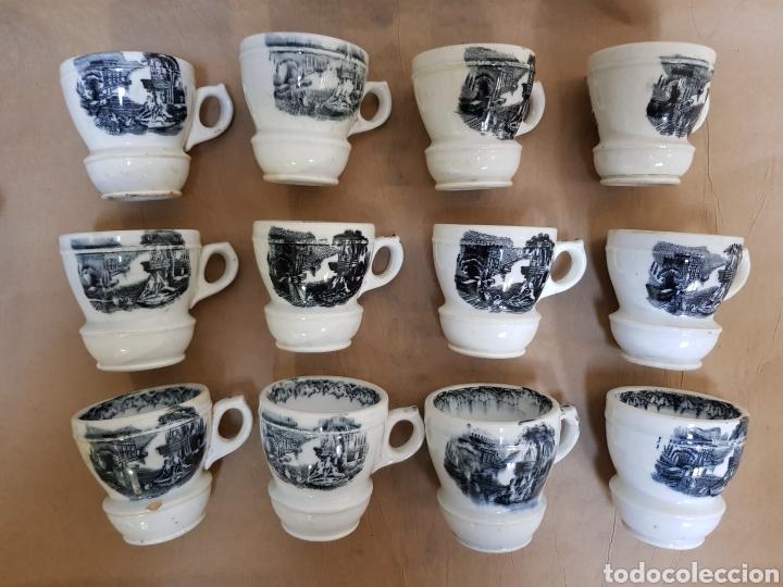 12 JÍCARAS O TAZAS DE CHOCOLATE SEGURAMENTE PICKMAN (Antigüedades - Porcelanas y Cerámicas - Otras)
