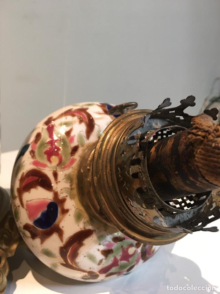 Antigüedades: Importante Quinqué siglo XIX decorado en porcelana esmaltada con motivos chinescos - Repujado dorado - Foto 8 - 238008375
