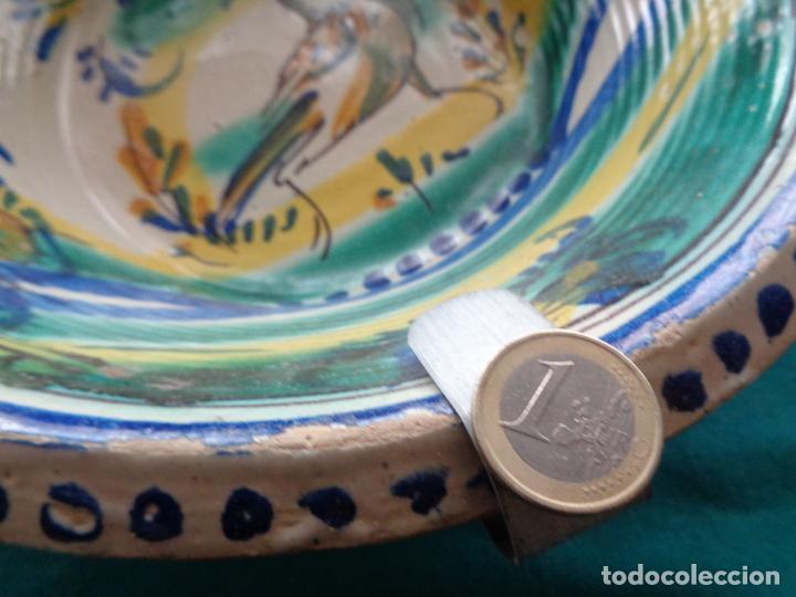 Antigüedades: ANTIGUO PLATO LEBRILLO DE TRIANA 27 CM. - Foto 4 - 238168385