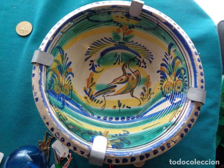 ANTIGUO PLATO LEBRILLO DE TRIANA 27 CM. (Antigüedades - Porcelanas y Cerámicas - Triana)