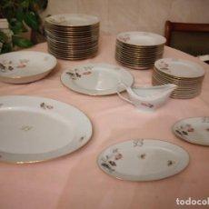 Antigüedades: PRECIOSA VAJILLA DE PORCELANA LIMOGES FRANCE CON ROSA Y INICIALES L G,INCOMPLETA.. Lote 238311200