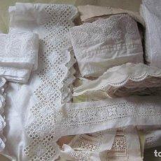 Antigüedades: VARIAS PIEZAS DE ANTIGUO BORDADO SUIZO.. Lote 238403555