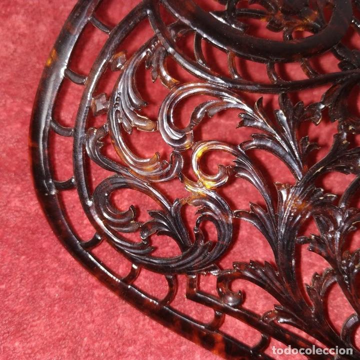 Antigüedades: PEINETA DE DAMA. CELULOIDE SÍMIL CAREY. ESPAÑA. SIGLO XIX-XX - Foto 5 - 238439470