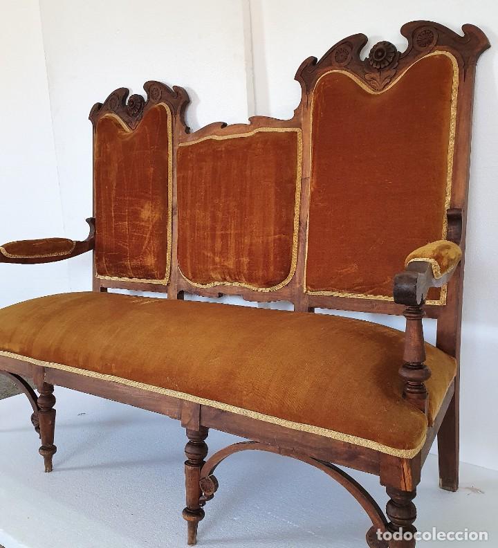SOFA FERNANDINO DE NOGAL (Antigüedades - Muebles Antiguos - Sofás Antiguos)