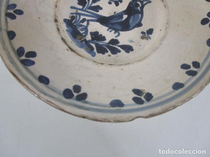 Antigüedades: Antiguo Plato - Cerámica Catalana - Decorado con Pájaro - S. XVIII - Foto 2 - 238543855