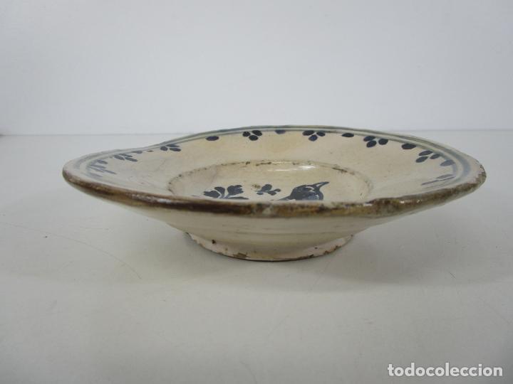 Antigüedades: Antiguo Plato - Cerámica Catalana - Decorado con Pájaro - S. XVIII - Foto 10 - 238543855