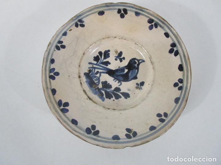 ANTIGUO PLATO - CERÁMICA CATALANA - DECORADO CON PÁJARO - S. XVIII (Antigüedades - Porcelanas y Cerámicas - Catalana)