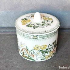 Antigüedades: TARRO DE PORCELANA SAN CLAUDIO. Lote 238586885