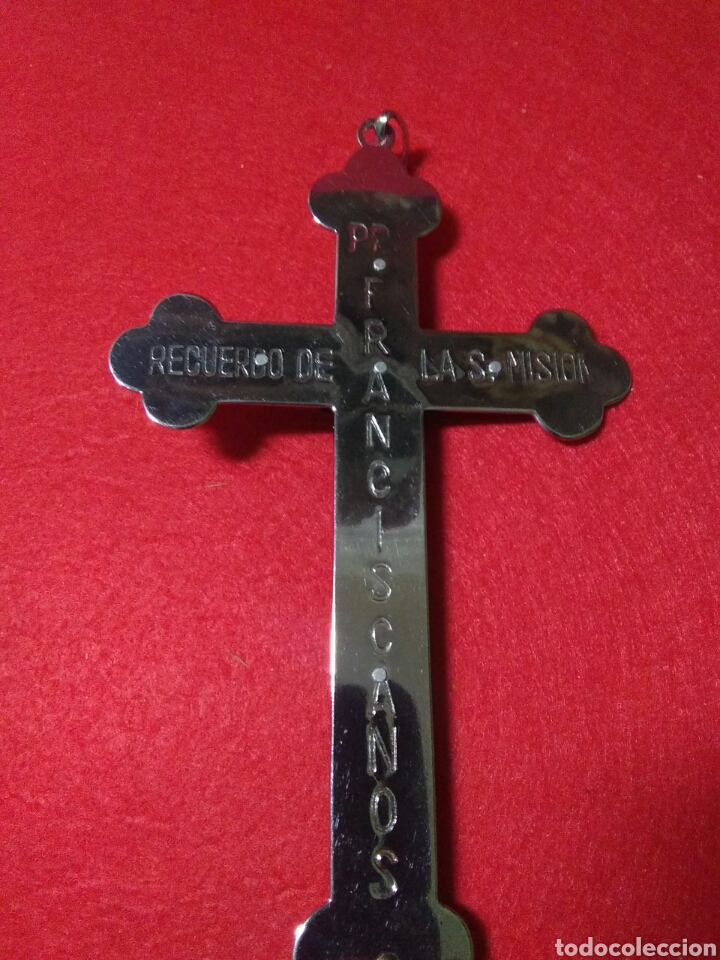 Antigüedades: Preciosa cruz fransicana ,recuerdo de las misiones ,metal y madera ,grabada en la parte posterior - Foto 8 - 238595100