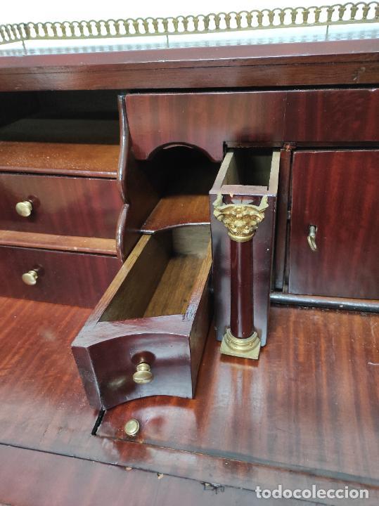 Antigüedades: Antiguo Canterano Holandés - Escritorio en Madera de Caoba - Tiradoras Originales - S. XIX - Foto 10 - 238641055