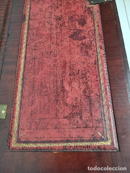 Antigüedades: Antiguo Canterano Holandés - Escritorio en Madera de Caoba - Tiradoras Originales - S. XIX - Foto 14 - 238641055