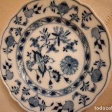Antigüedades: ANTIGUO PLATO DE PAN DE PORCELANA MEISSEN, MODELO CEBOLLA, AZUL. Lote 238668295