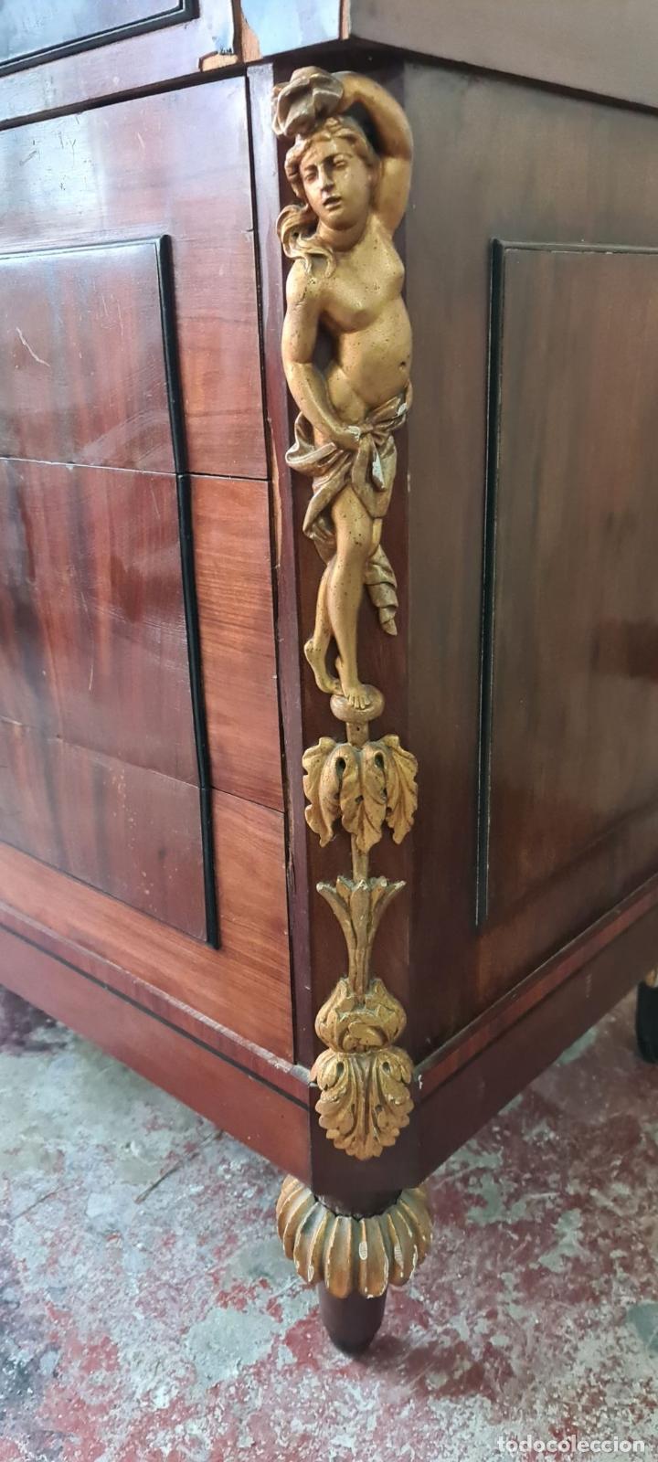 Antigüedades: COMODA TOCADOR. MADERA DE CAOBA Y DORADOS. ESTILO DIRECTORIO. SOBRE DE MÁRMOL. SIGLO XVIII-XIX. - Foto 15 - 238726050
