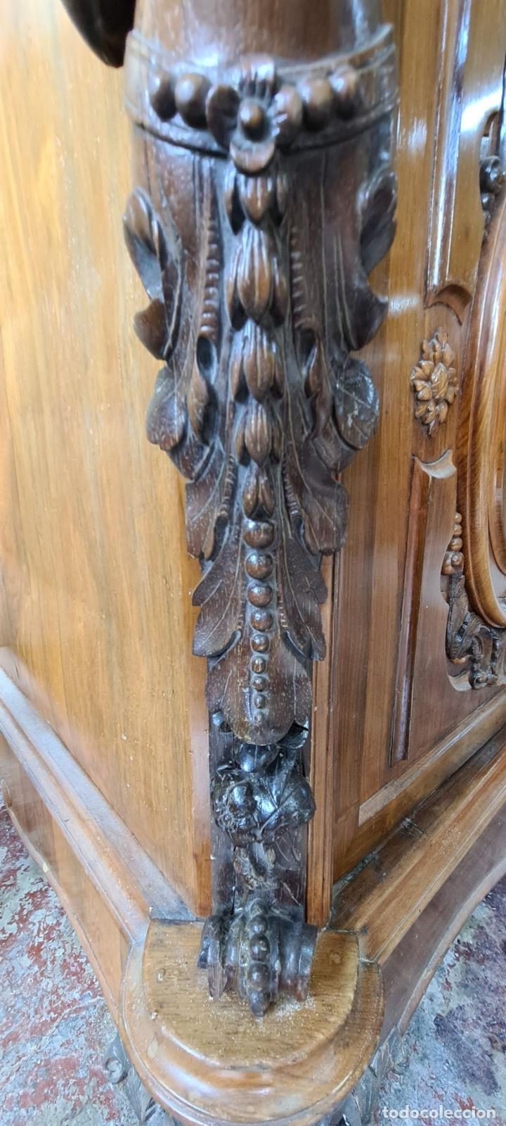 Antigüedades: COMODA EN MADERA DE PALISANDRO. SOBRE DE MÁRMOL. ESTILO ISABELINO. SIGLO XIX. - Foto 44 - 238756765