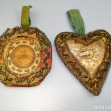Antigüedades: 2 RELICARIOS. SEDA BORDADA. ESPAÑA. PRINCIPIO SIGLO XIX. Lote 238767825