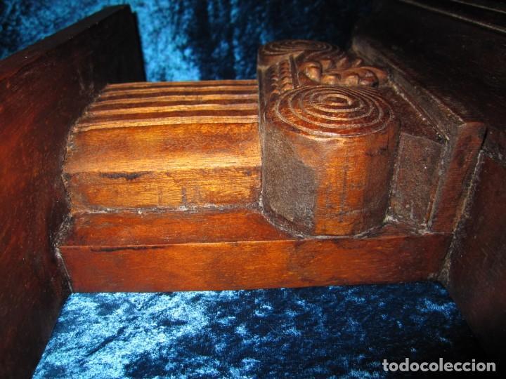 Antigüedades: Antigua talla madera ménsula, peana, pedestal, soporte, repisa, capitel pared artesanal - Foto 3 - 238769945