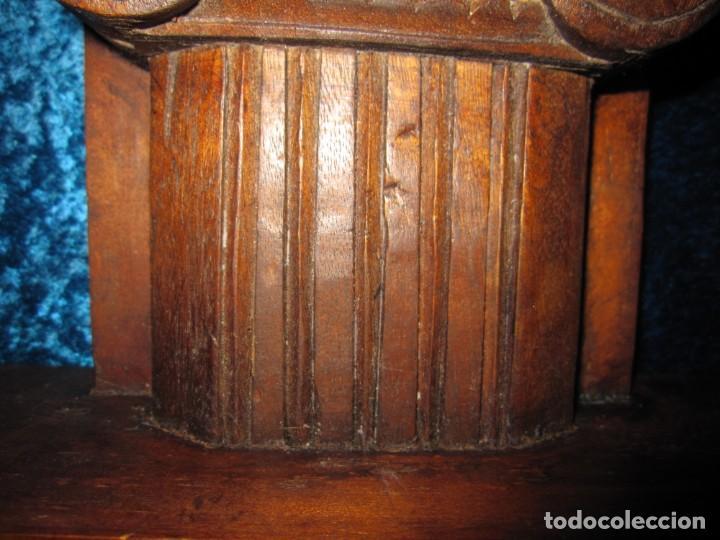 Antigüedades: Antigua talla madera ménsula, peana, pedestal, soporte, repisa, capitel pared artesanal - Foto 7 - 238769945