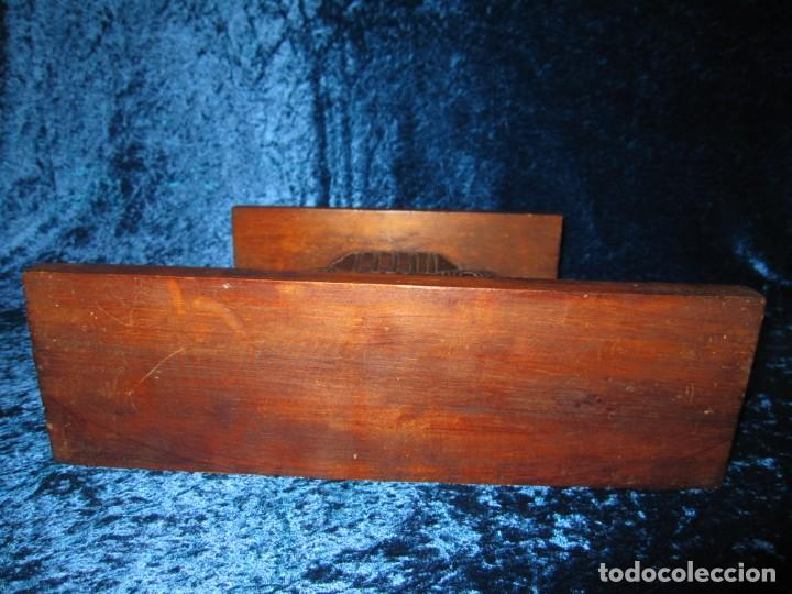 Antigüedades: Antigua talla madera ménsula, peana, pedestal, soporte, repisa, capitel pared artesanal - Foto 11 - 238769945