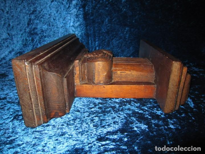 Antigüedades: Antigua talla madera ménsula, peana, pedestal, soporte, repisa, capitel pared artesanal - Foto 12 - 238769945