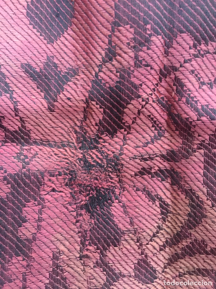 Antigüedades: Antiguo mantón de gro. Seda brocada. Siglo XlX. - Foto 9 - 238836735