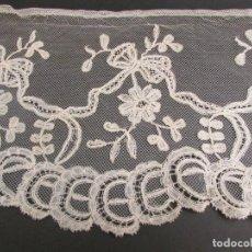 Antiguidades: ENCAJE S.XIX-XX DE ENAGUA DE NOVIA. Lote 238843240