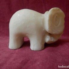 Antigüedades: ELEFANTE DE MARMOL BLANCO.. Lote 239358785