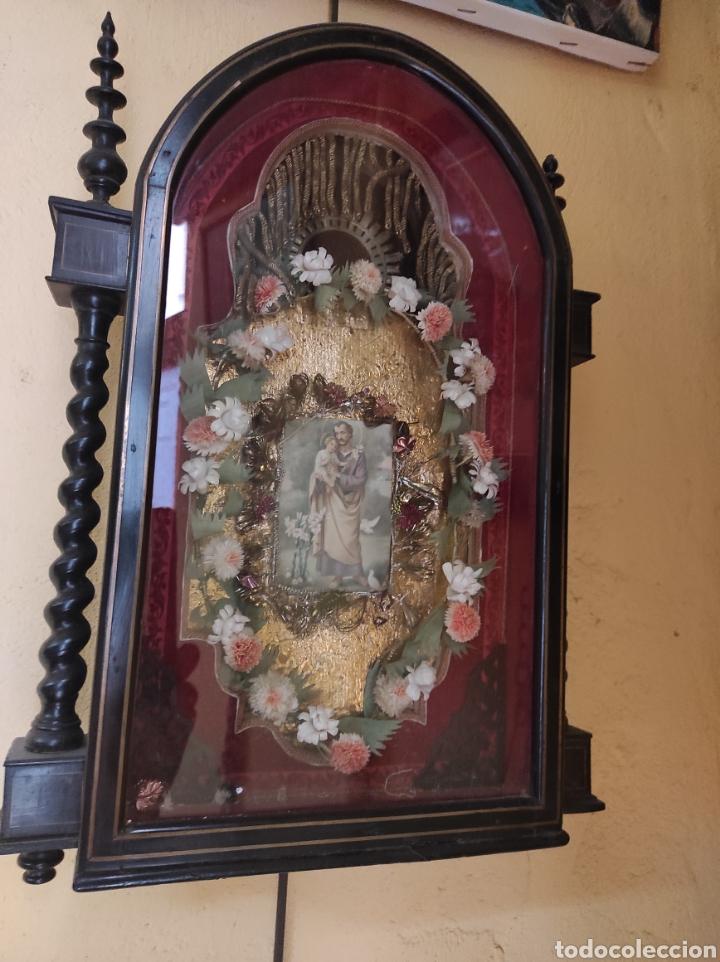 Antigüedades: Antigua Urna de Madera Acristalada - Tríptico de San José con el Niño Jesús - - Foto 2 - 239368150