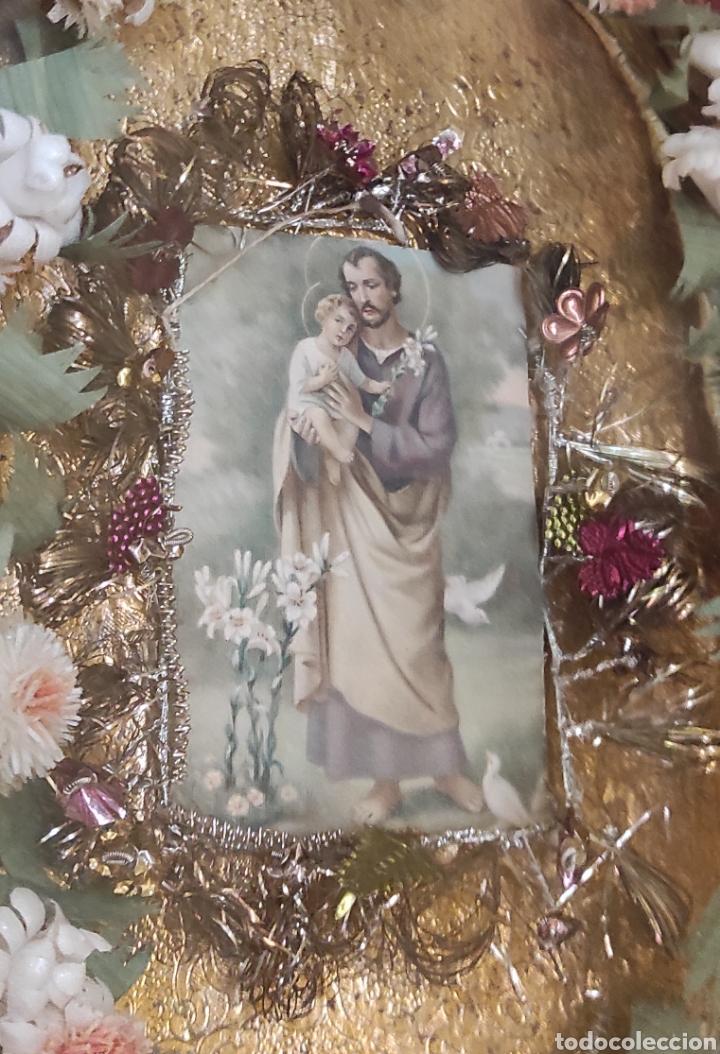 Antigüedades: Antigua Urna de Madera Acristalada - Tríptico de San José con el Niño Jesús - - Foto 4 - 239368150