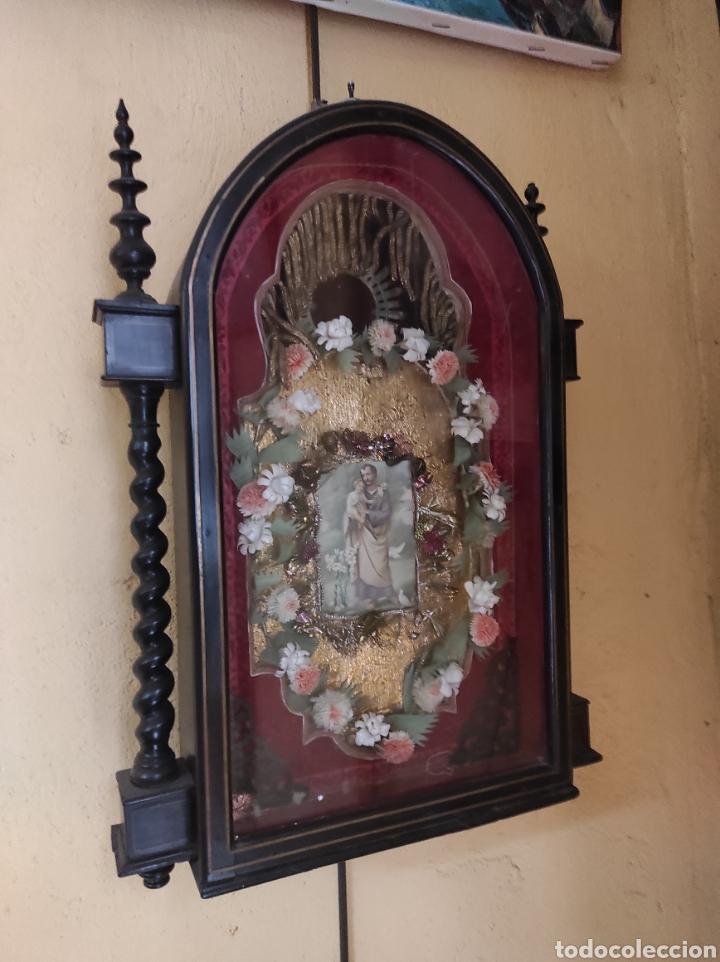 Antigüedades: Antigua Urna de Madera Acristalada - Tríptico de San José con el Niño Jesús - - Foto 7 - 239368150