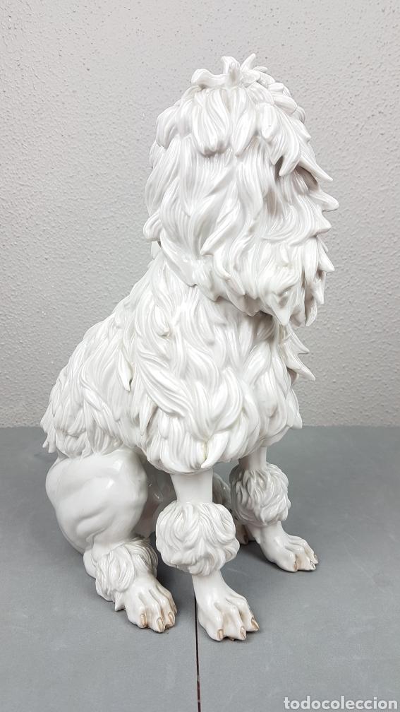 Antigüedades: Bonita figura de perro de porcelana esmaltada Algora de perro años 70. - Foto 4 - 239511890