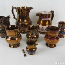 Antigüedades: LOTE DE OCHO JARRAS EN CERÁMICA DORADA DE BRISTOL.. Lote 239669310