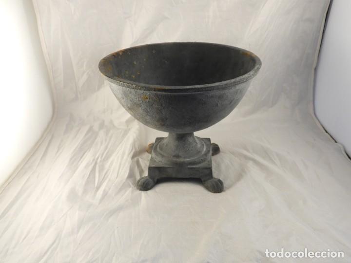 Antigüedades: ELEGANTE MACETERO JARDINERA DE HIERRO PARA PLANTAS O FLORES - Foto 7 - 239841050