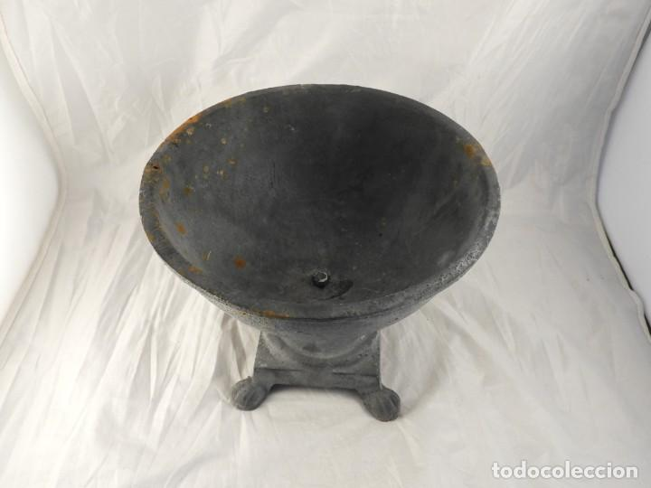 Antigüedades: ELEGANTE MACETERO JARDINERA DE HIERRO PARA PLANTAS O FLORES - Foto 8 - 239841050