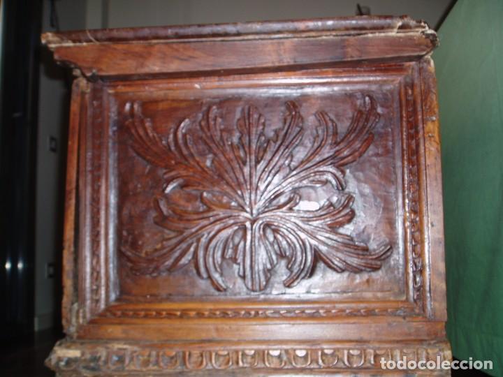Antigüedades: Arca de novia de Lleida siglo XVIII . En madera de nogal - Foto 8 - 239875330