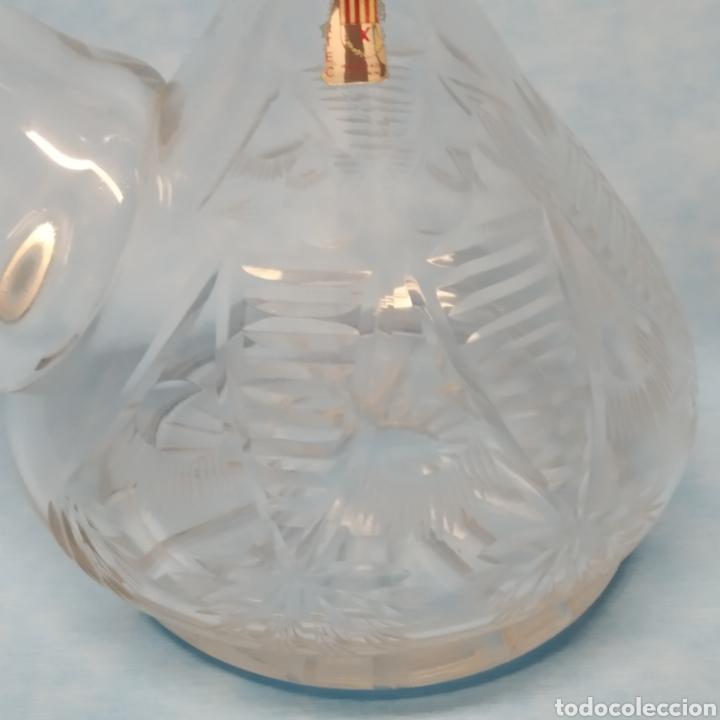 Antigüedades: Antiguo Porrón fabricado en España por VIARTEC años 40-50. Hecho a mano. Cristal soplado y tallado. - Foto 2 - 239900880