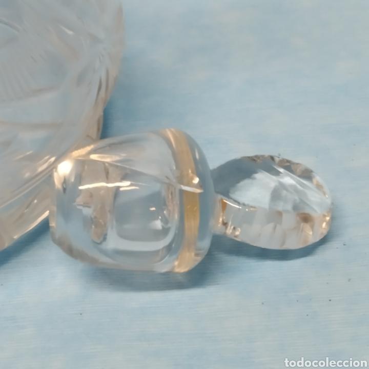 Antigüedades: Antiguo Porrón fabricado en España por VIARTEC años 40-50. Hecho a mano. Cristal soplado y tallado. - Foto 7 - 239900880