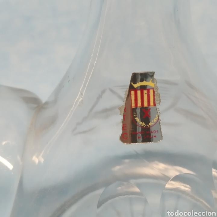 Antigüedades: Antiguo Porrón fabricado en España por VIARTEC años 40-50. Hecho a mano. Cristal soplado y tallado. - Foto 8 - 239900880