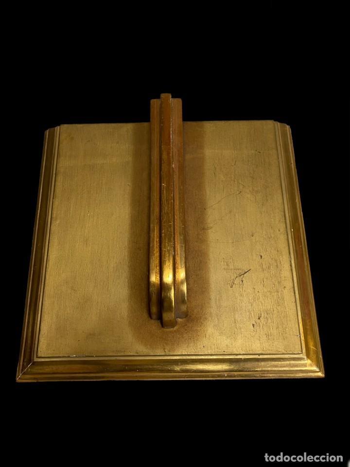 ANTIGUA PEANA, REPISA, MÉNSULA, PEDESTAL DE MADERA DORADA AL ORO FINO. SIGLO XIX. 37X35X10. SÓLIDA (Antigüedades - Muebles Antiguos - Ménsulas Antiguas)
