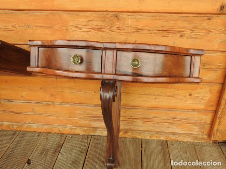 Antigüedades: pareja de mesitas de dormitorio tipo mensula final del 19 en nogal español macizo perfectas medidas - Foto 10 - 240140060