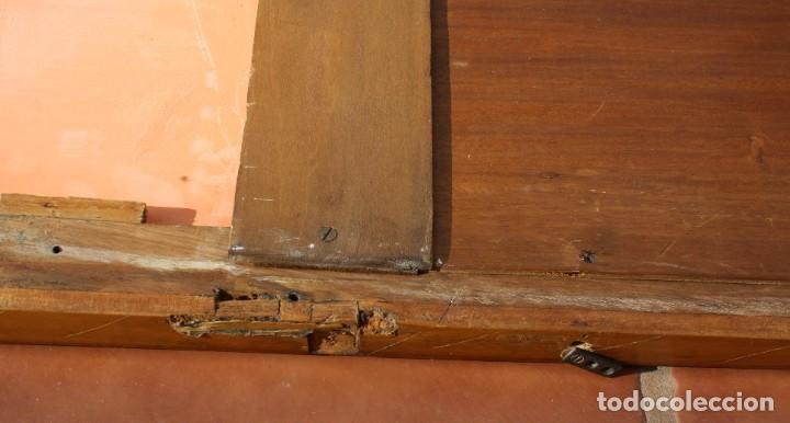 Antigüedades: ANTIGUO ESPEJO OVALADO BISELADO CON MARCO DE MADERA CON MARQUETERIA – GRANDES DIMENSIONES 1,45 CM - Foto 8 - 240190075