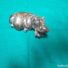 Antigüedades: FIGURA DE PIEDRA NATURAL HIPOPOTAMO. Lote 240452525