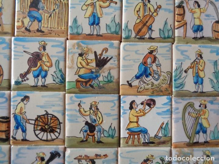 Antigüedades: CUARENTA Y DOS AZULEJOS DE OFICIOS DE 5 X 5 CTMS - Foto 2 - 240518195