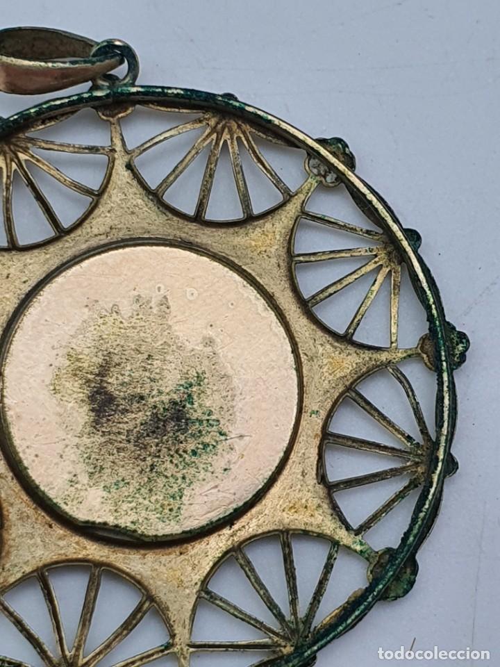 Antigüedades: COLGANTE RELIGOSO EN METAL ( VIRGEN SIN IDENTIFICAR ) - Foto 6 - 240601815