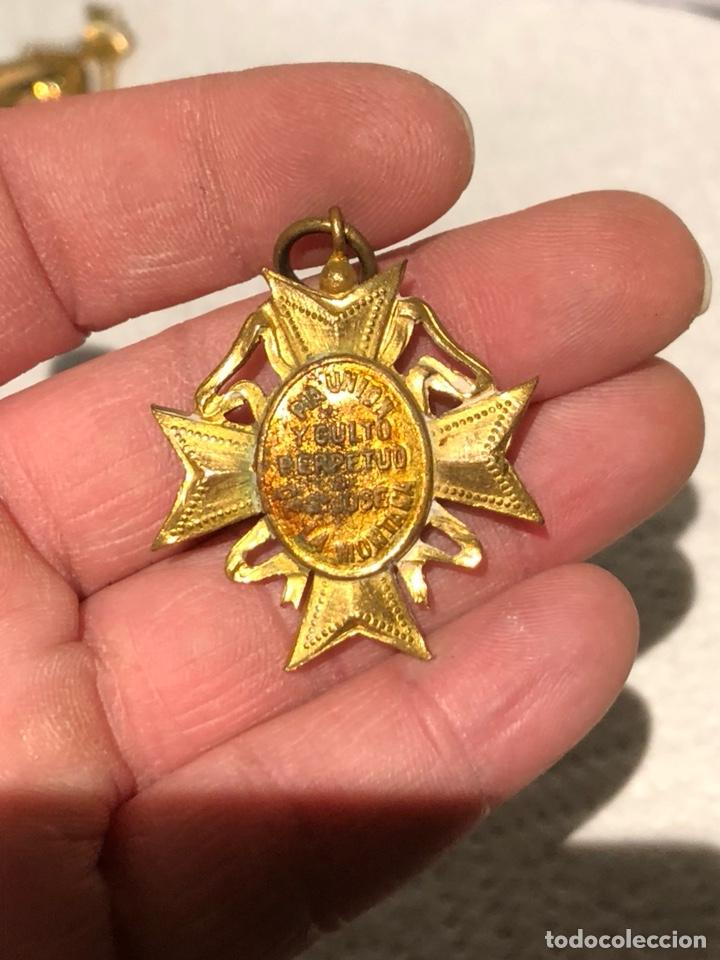 Antigüedades: Bonita medalla religiosa dorada al Mercurio - Foto 3 - 240716130