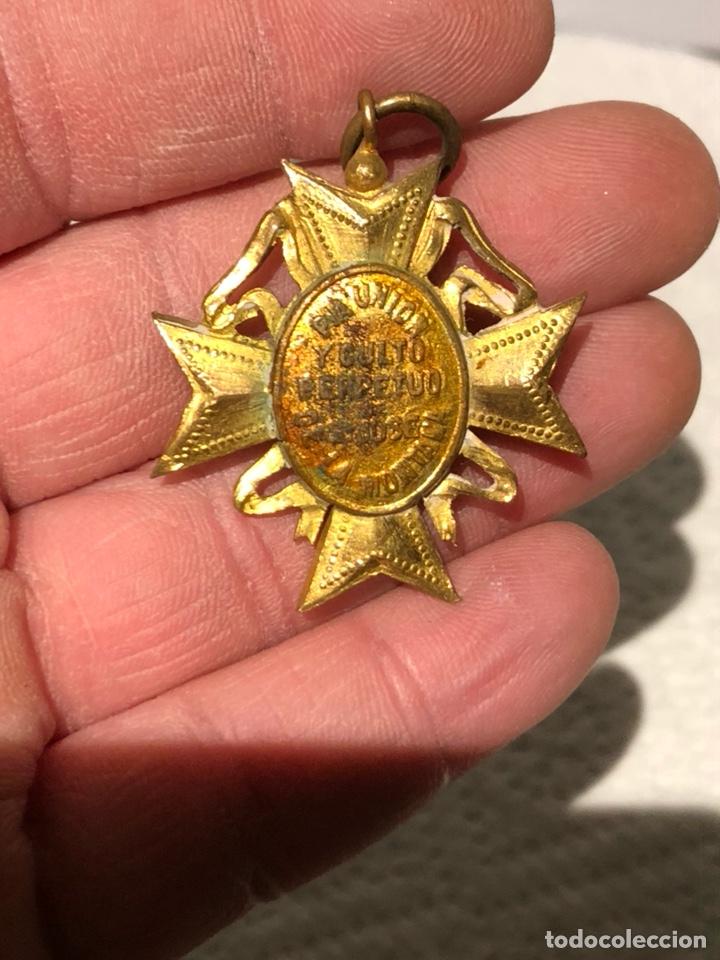 Antigüedades: Bonita medalla religiosa dorada al Mercurio - Foto 4 - 240716130